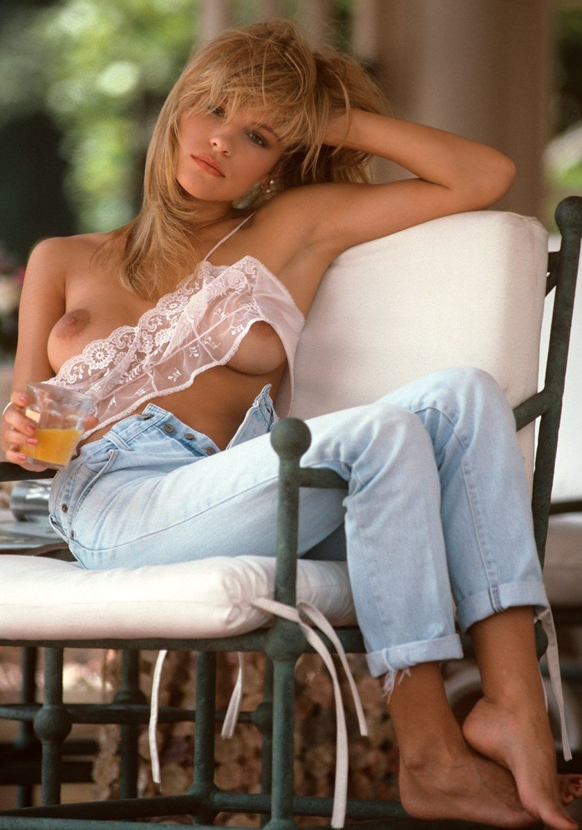Pamela Anderson's First Ever Nude Photo