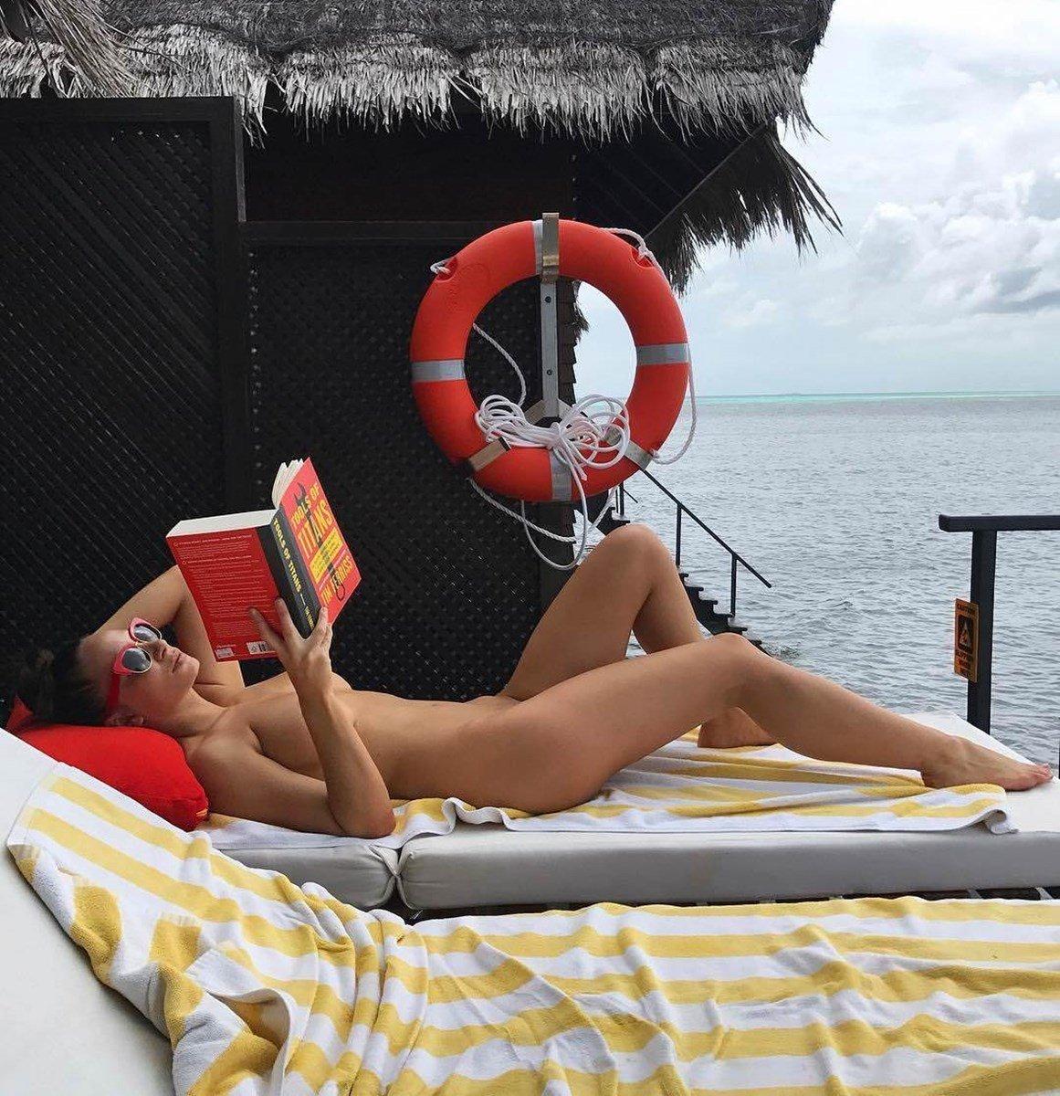 Rosie Roff Nude Photos Leaked