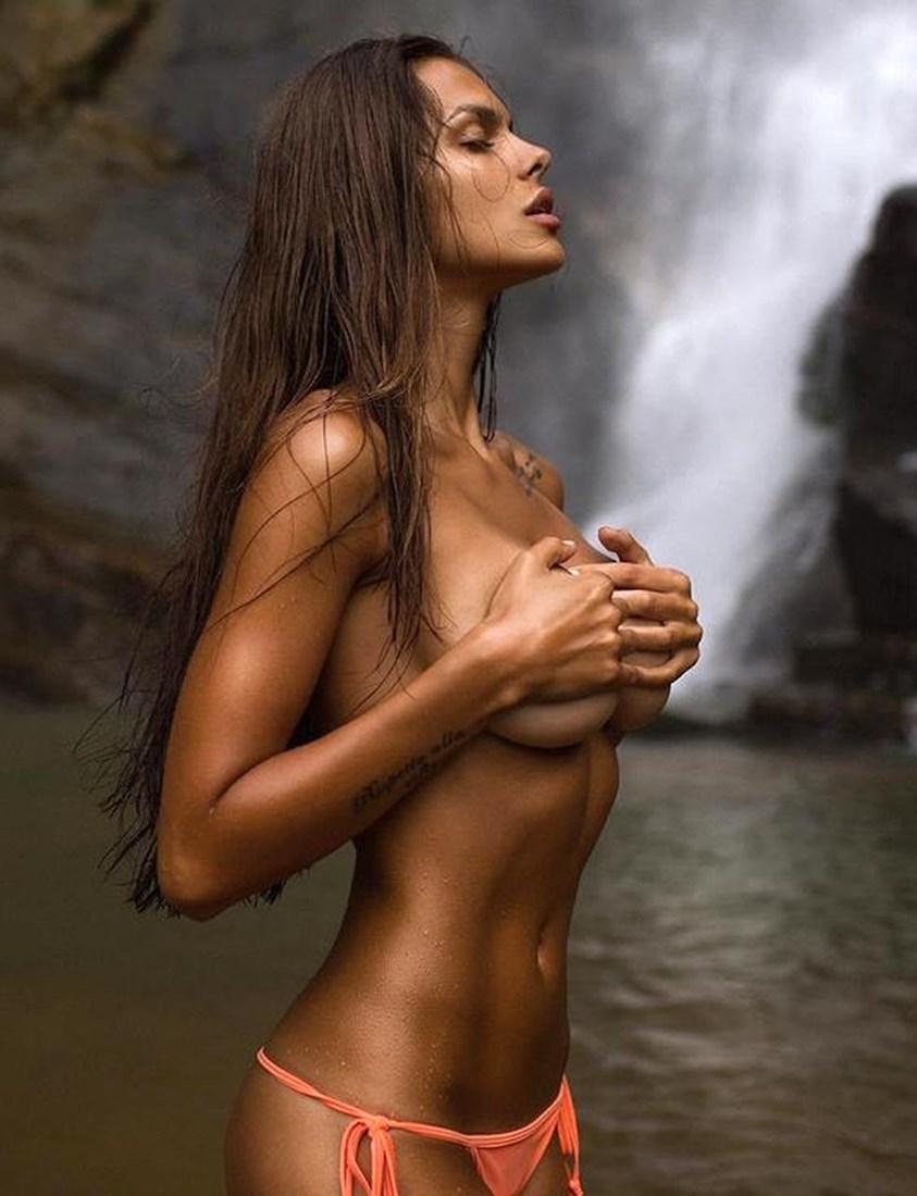 Viki Odintcova Nude Photos Collection