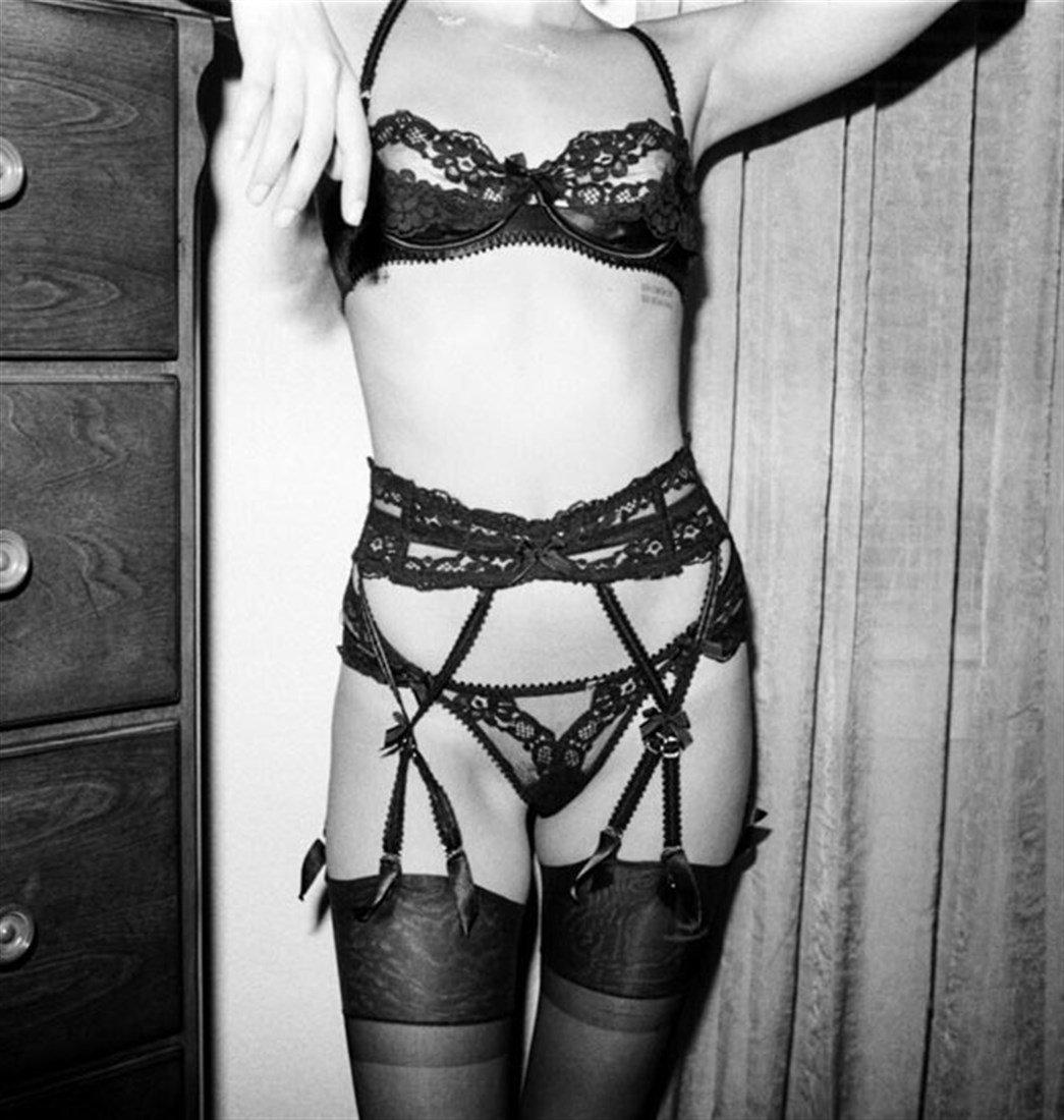 Willa Holland Nude Erotic Art Photo Shoot
