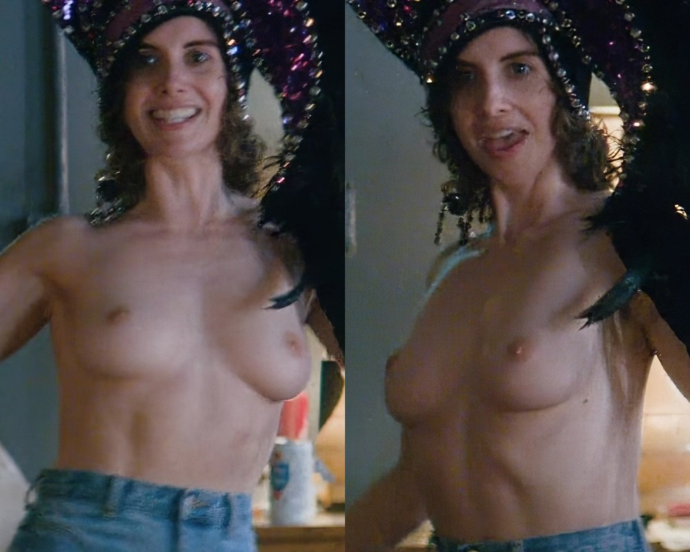 "Alison Brie New Topless Nude Scene From ""Glow"""