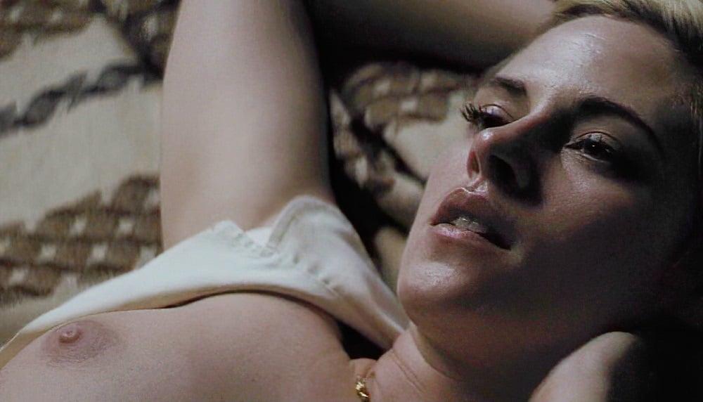 """Kristen Stewart Nude Interracial Sex Scenes From """"Seberg"""""""