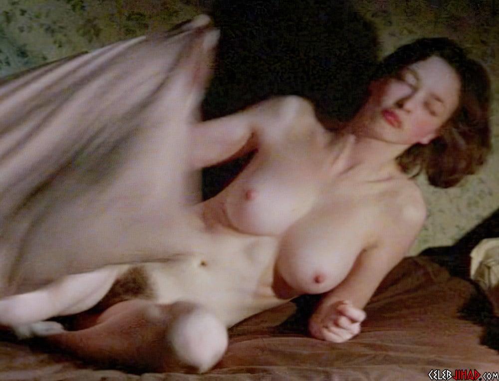 "Lara Belmont Full Frontal Nude Scenes From ""The War Zone"""