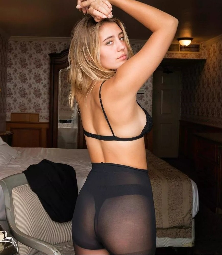 Lia Marie Johnson Makes Her Nude Porn Debut