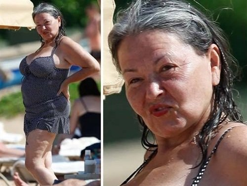 Roseanne Looking Sexy In A Swimsuit