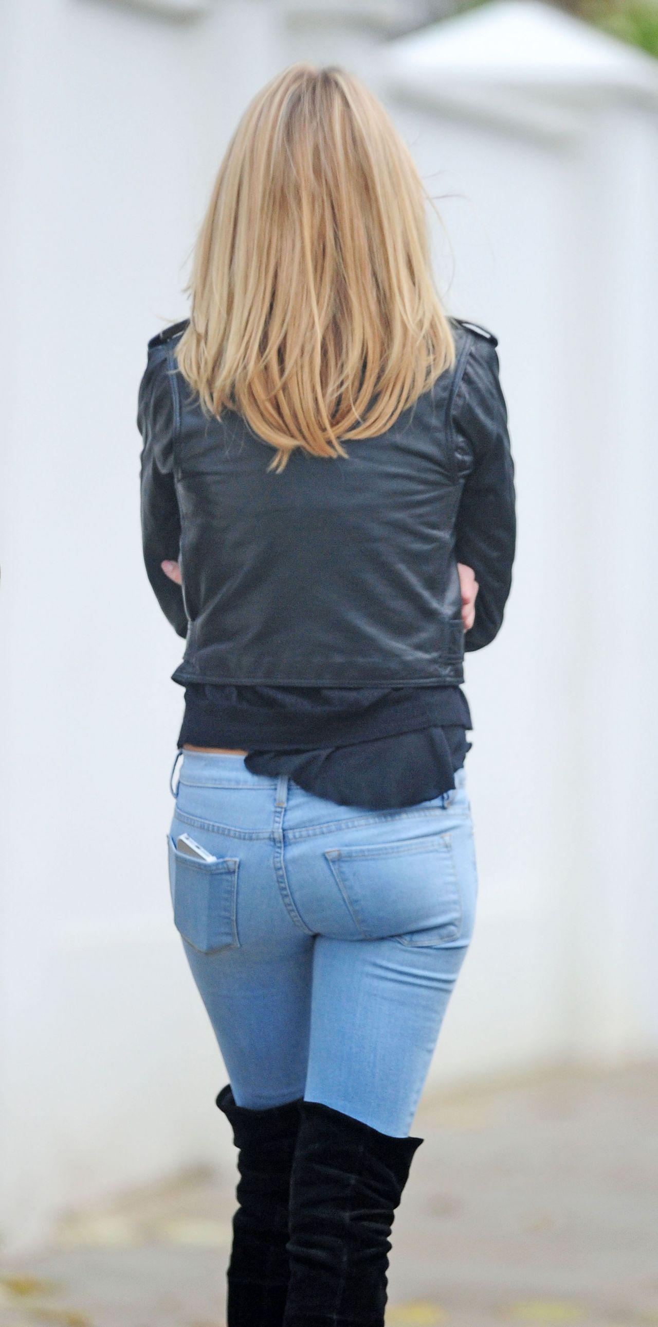 Kimberley Garner Street Style In Jeans Out In London