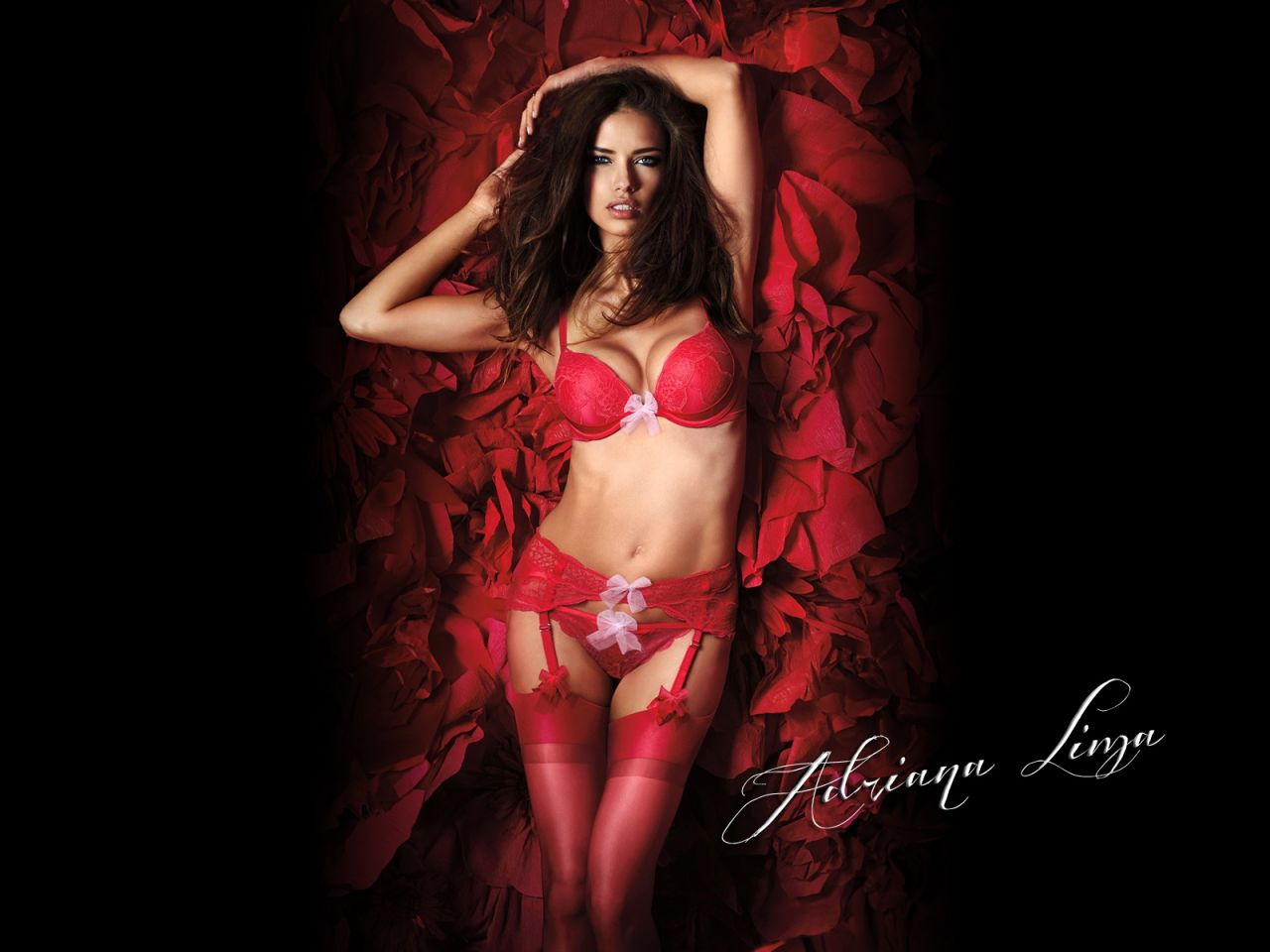 Adriana Lima Hot Wallpapers 2