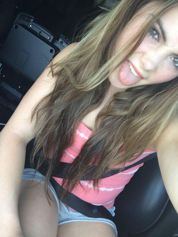 ICloud Kendall Lee Schuler nude (99 photos), Topless, Sideboobs, Twitter, braless 2015