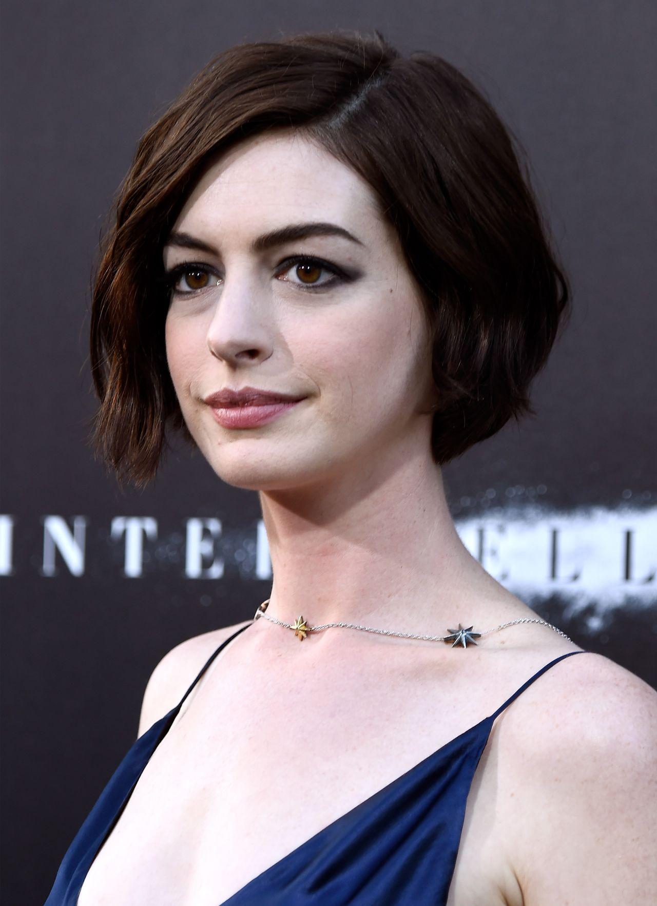 Anne Hathaway Interstellar Premiere In Hollywood