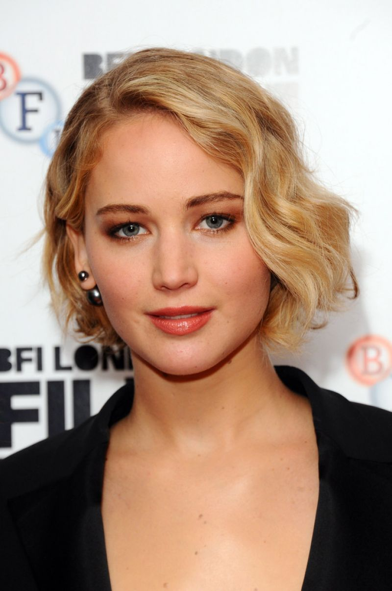 Jennifer Lawrence Serena Premiere 2014 BFI London