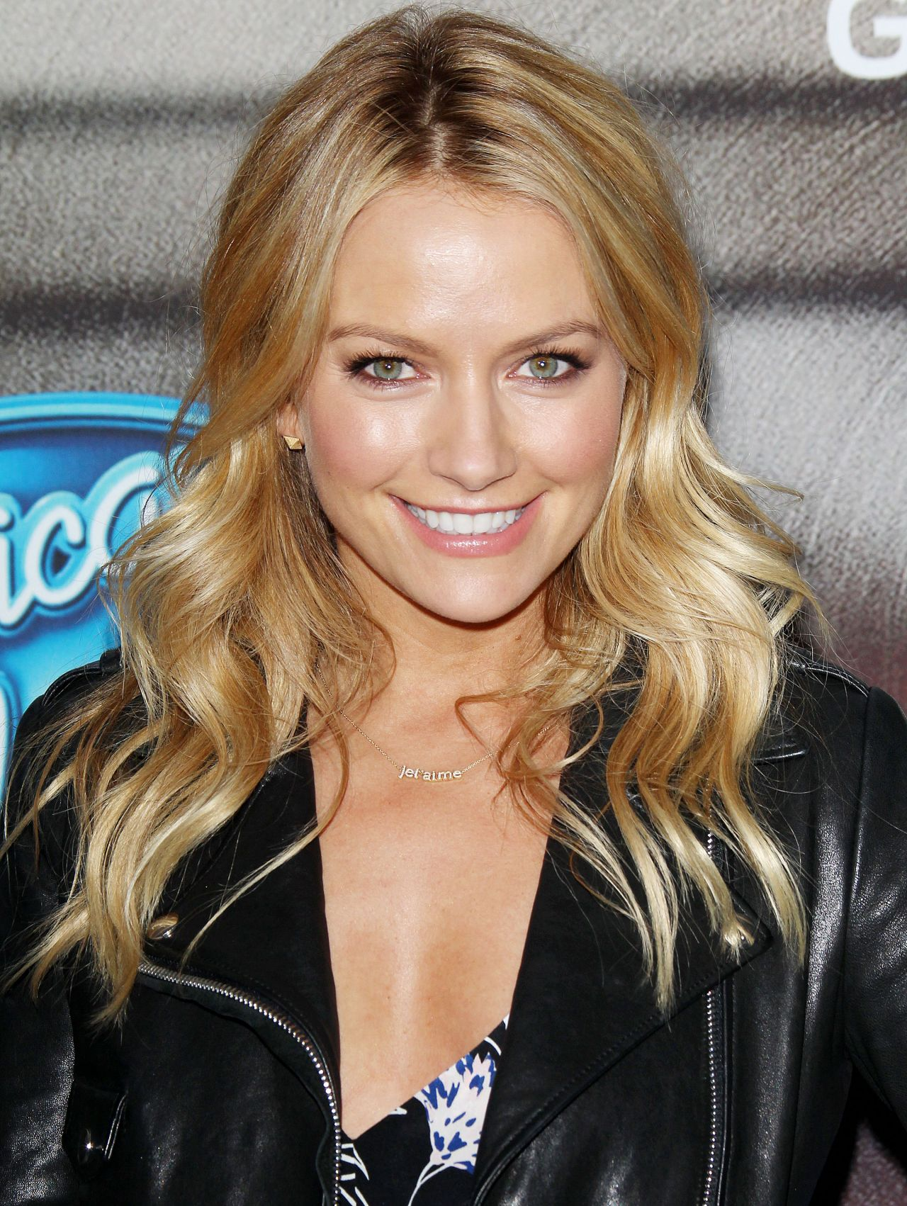 Becki Newton Nude Photos 29