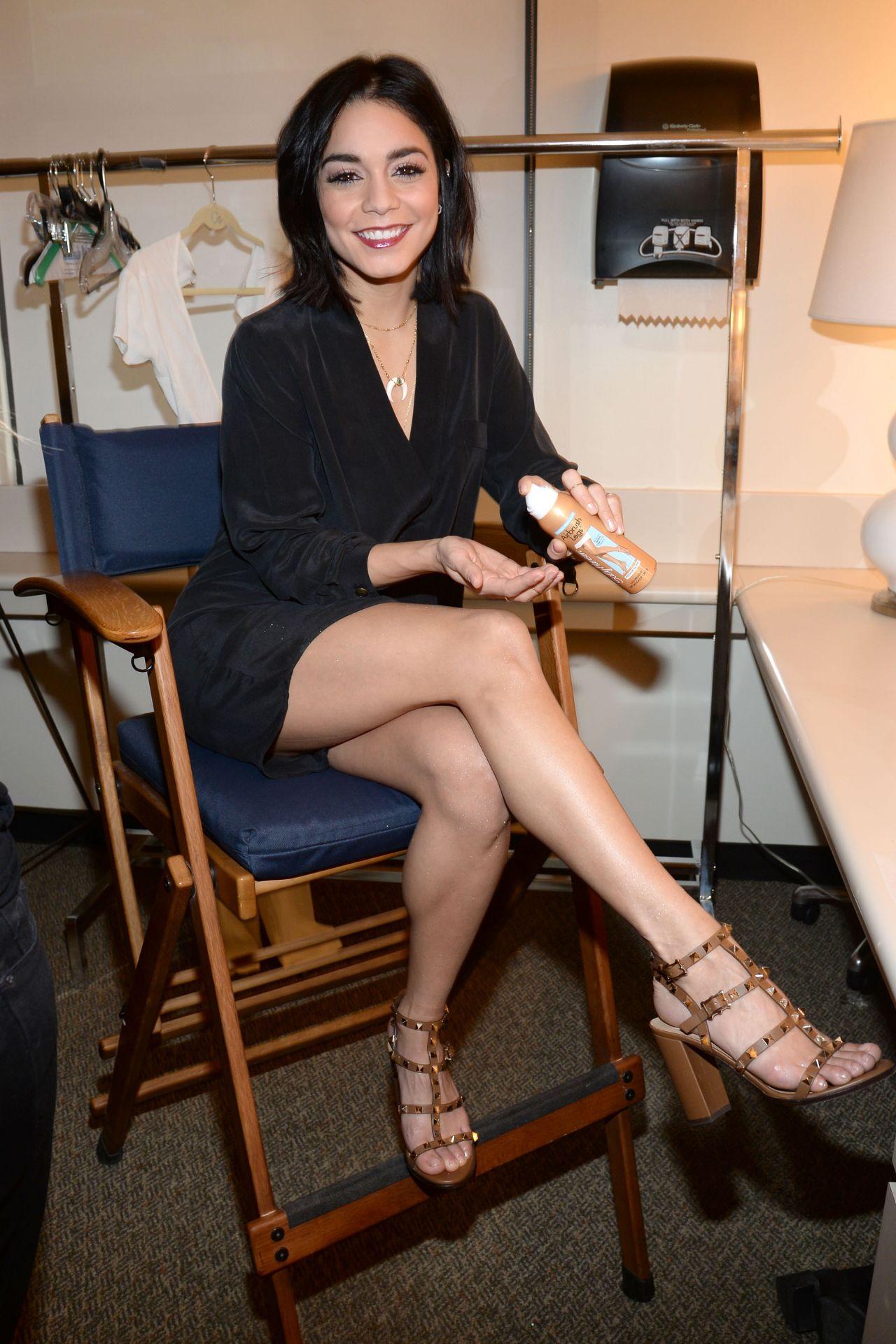Vanessa Hudgens Backstage At Abc Studios In New York