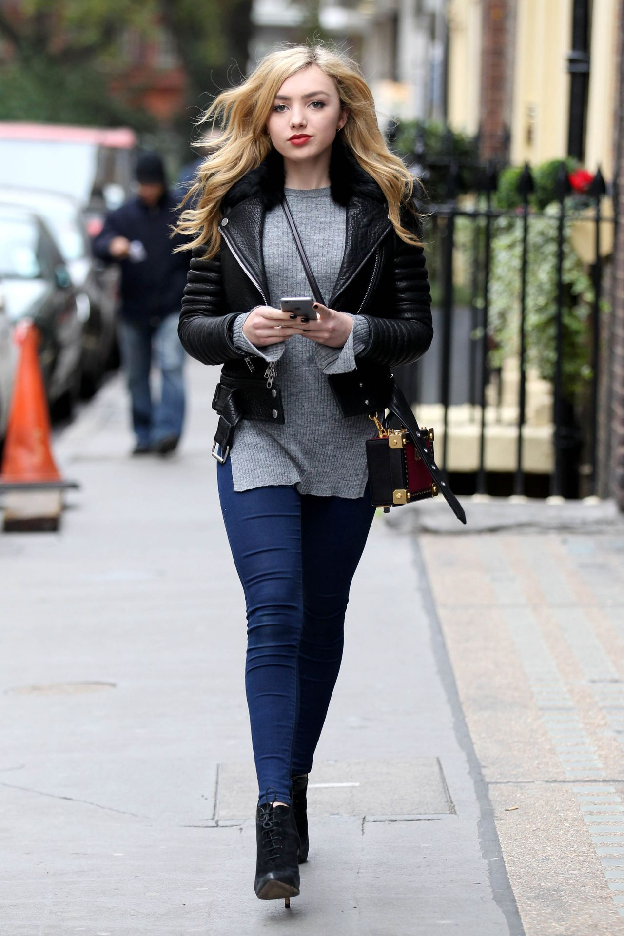 Peyton List Casual Style Out In London November 2015