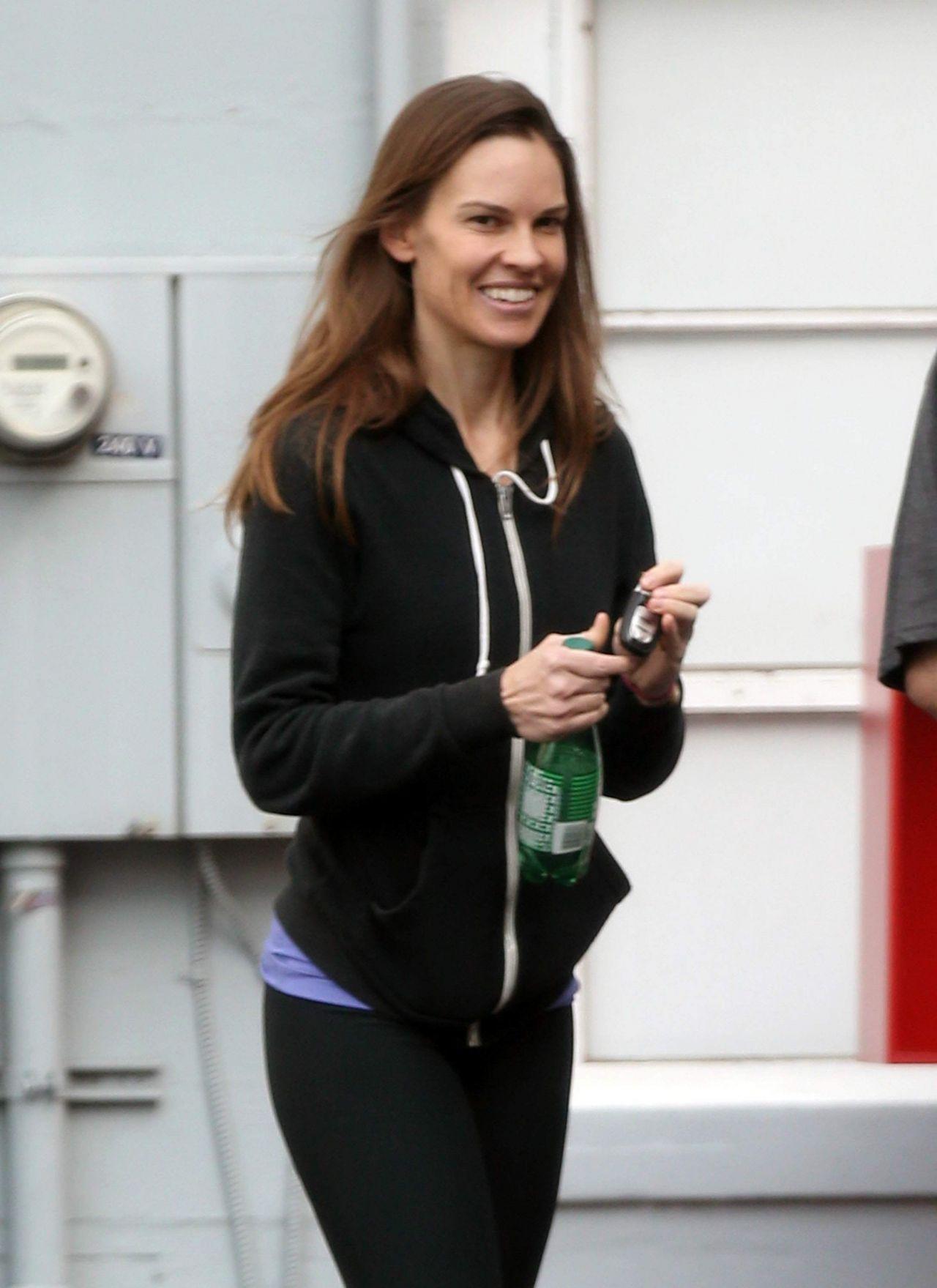 Hilary Swank Booty In Leggings Leaving A Gym In Los