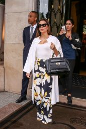 Eva Longoria Style Inspiration - Leaves the Four Seasons Hotel George V in Paris 5/10/2016