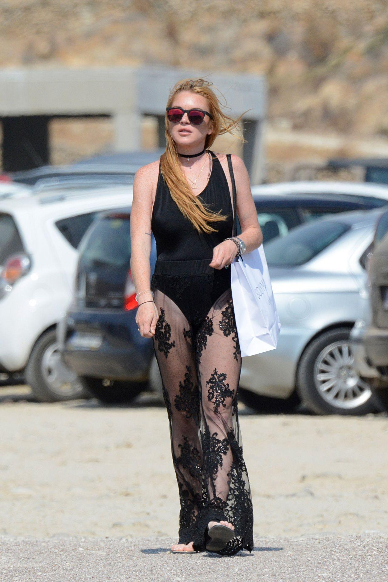 Lindsay Lohan On A Beach In Mykonos Greece August 2016