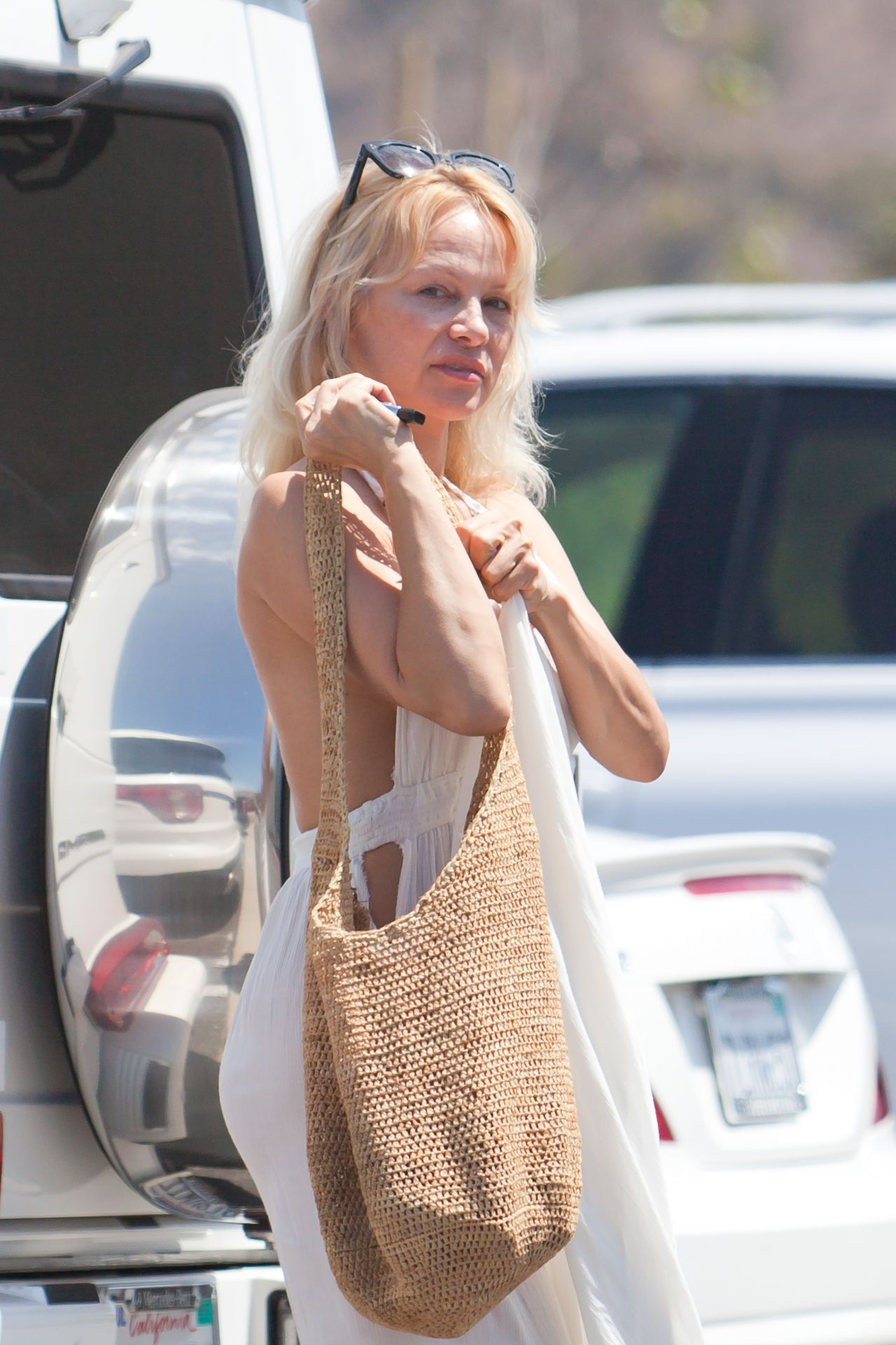 Pamela Anderson Out In Malibu 8222016