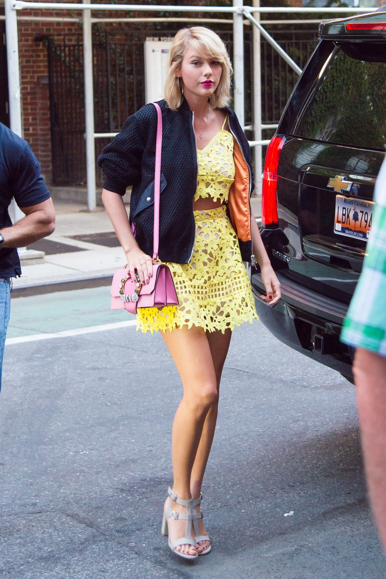 Taylor Swift Cute Outfit Ideas New York City 8242016