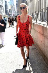 Nicky Hilton & Paris Hilton - Carolina Herrera SS17 NYFW in New York City 9/11/16