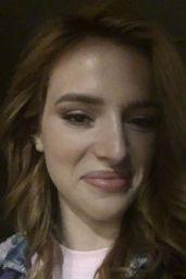 Bella Thorne Photos - Social Media 10/10/2016