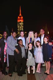 Dakota Fanning - Save the Children Lights Up Empire State Building for International Day of the Girl 10/11/2016