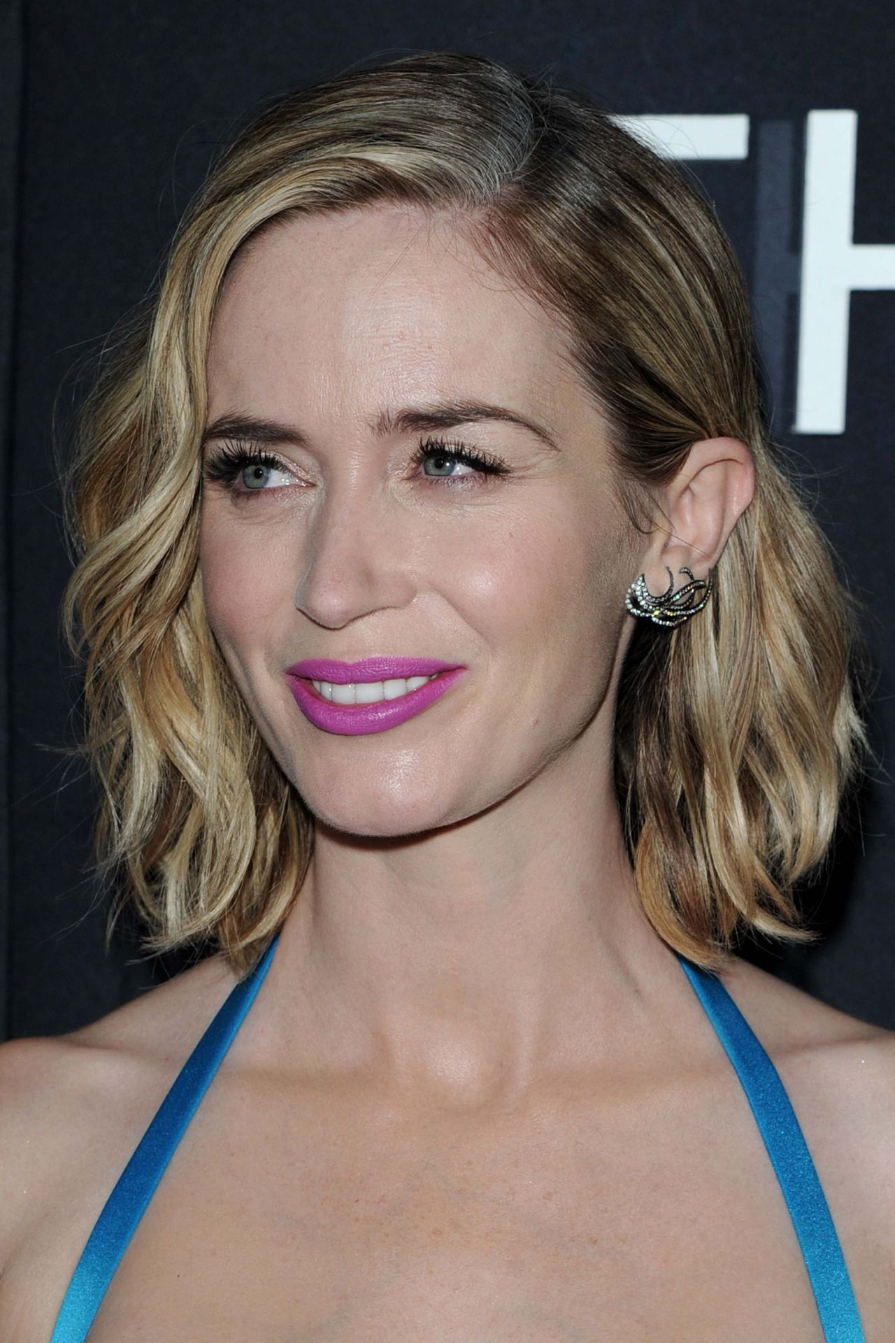 Emily Blunt The Girl On The Train Premiere In New York