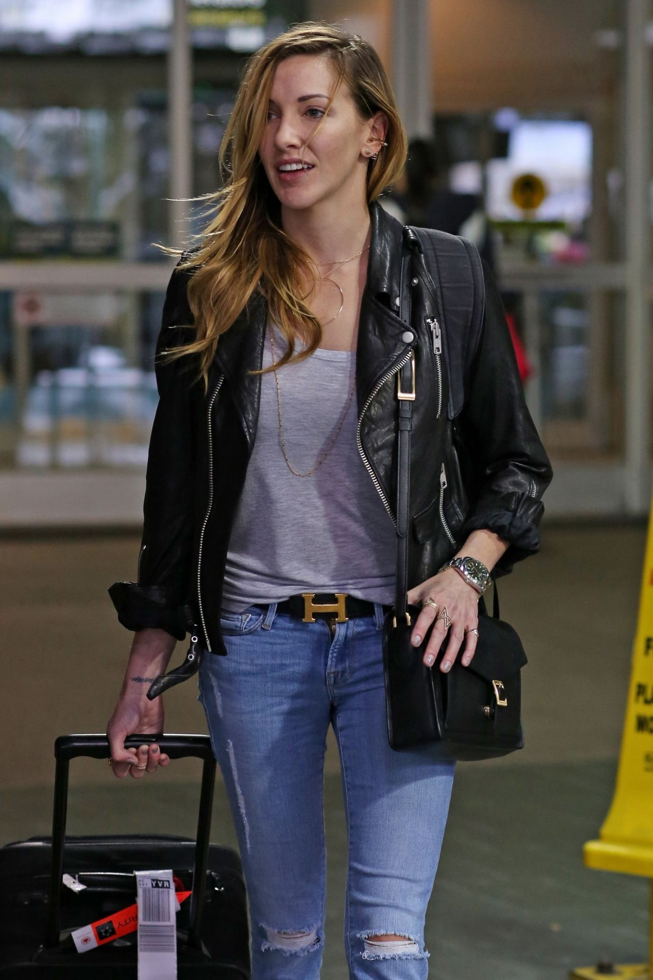 Katie Cassidy Travel Outfit Airport Candids 1062016