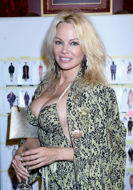 Pamela Anderson at Christian Dior Show in Paris 3/3/ 2017