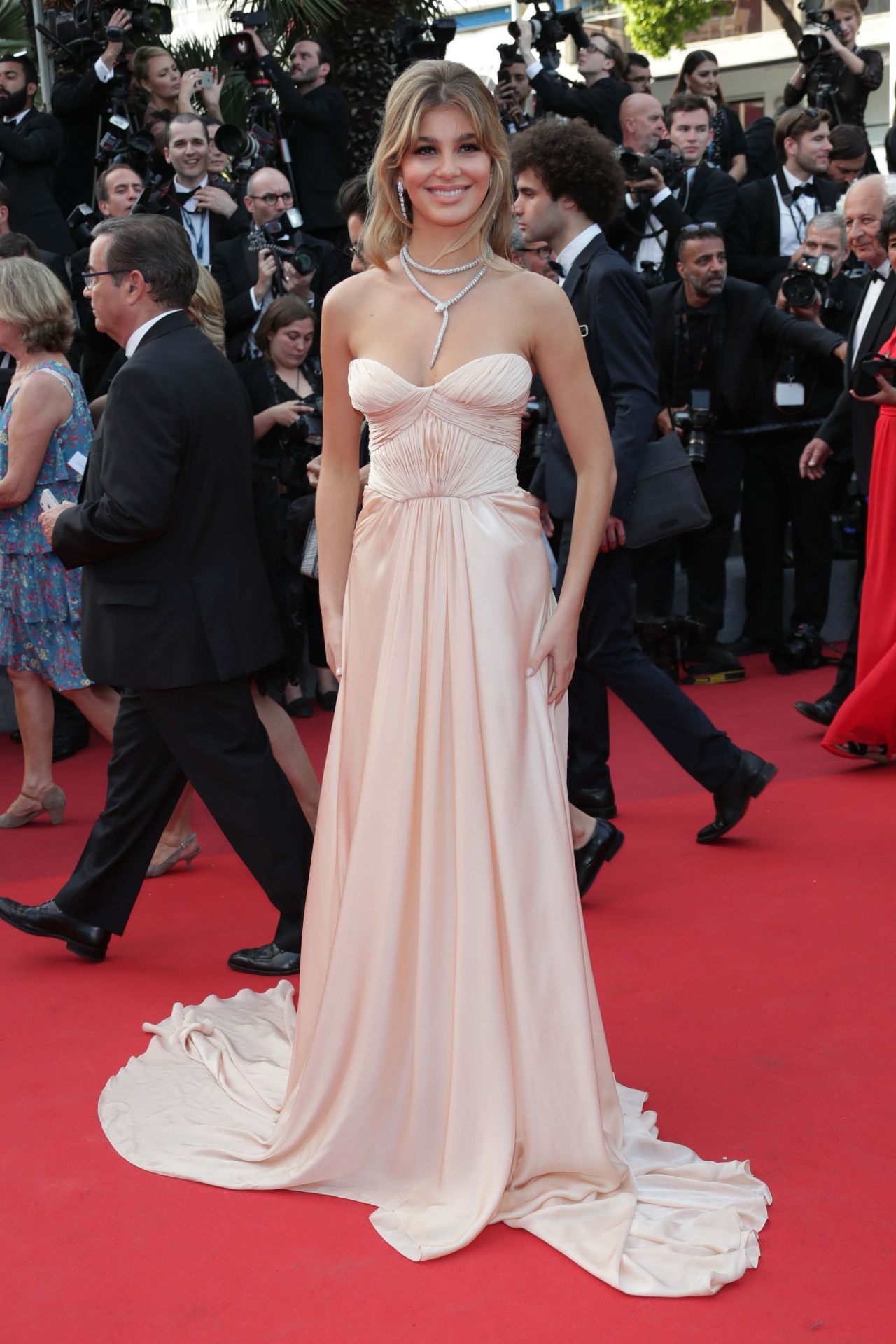 Camila Morrone The Beguiled Premiere At Cannes Film