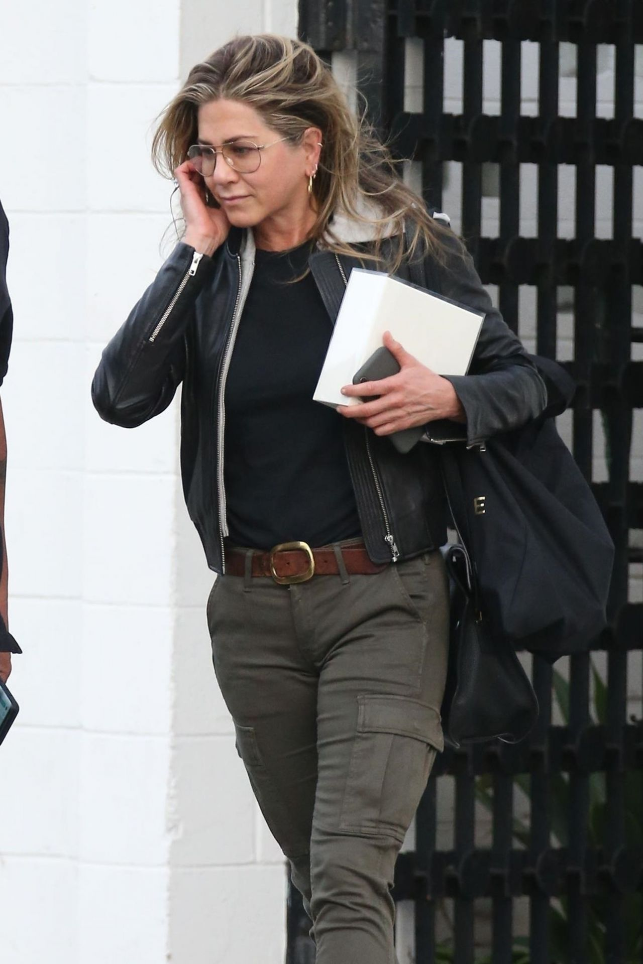 Jennifer Aniston Out In Beverly Hills 04052018