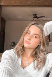 Annie LeBlanc Personal Pics 12272018