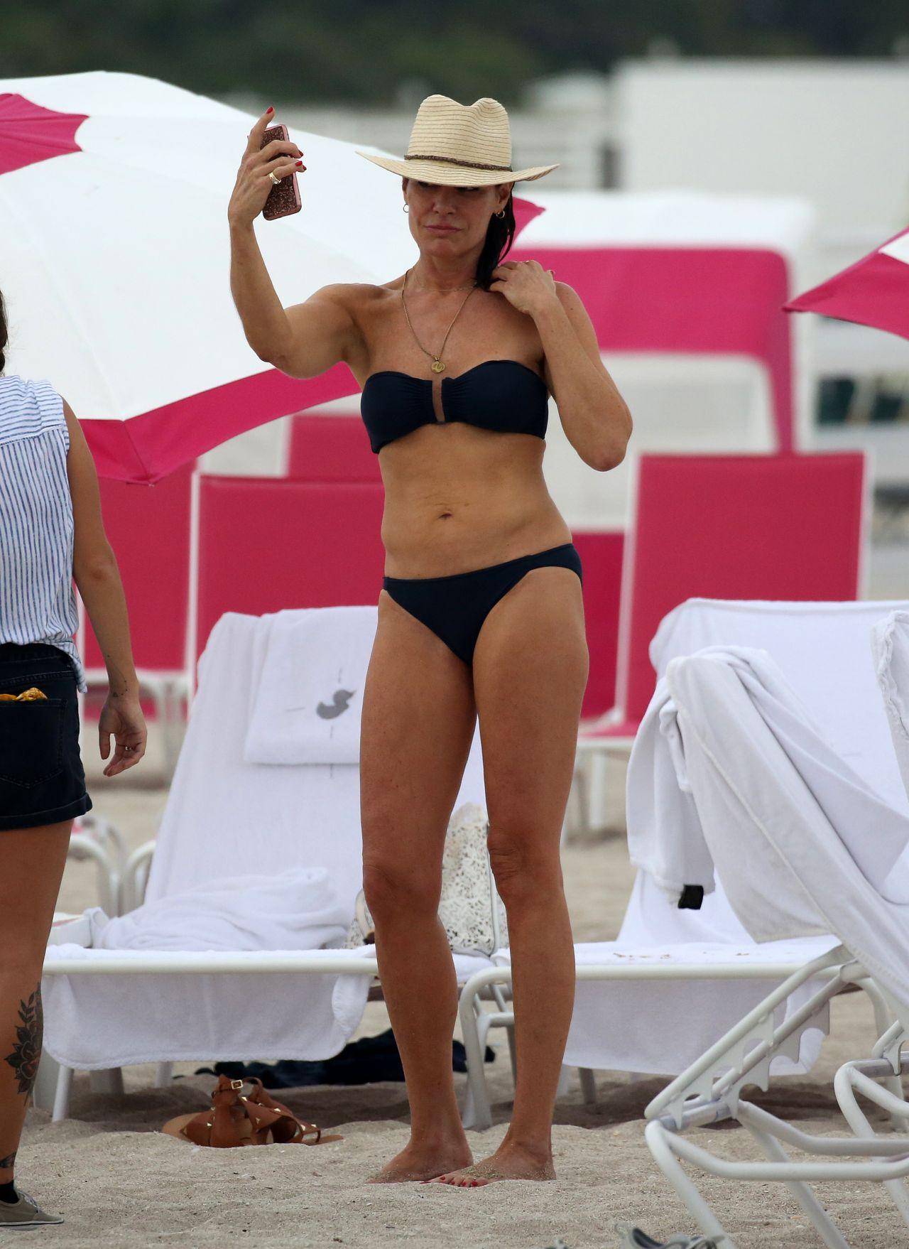 Luann De Lesseps In A Black Bikini 12042018