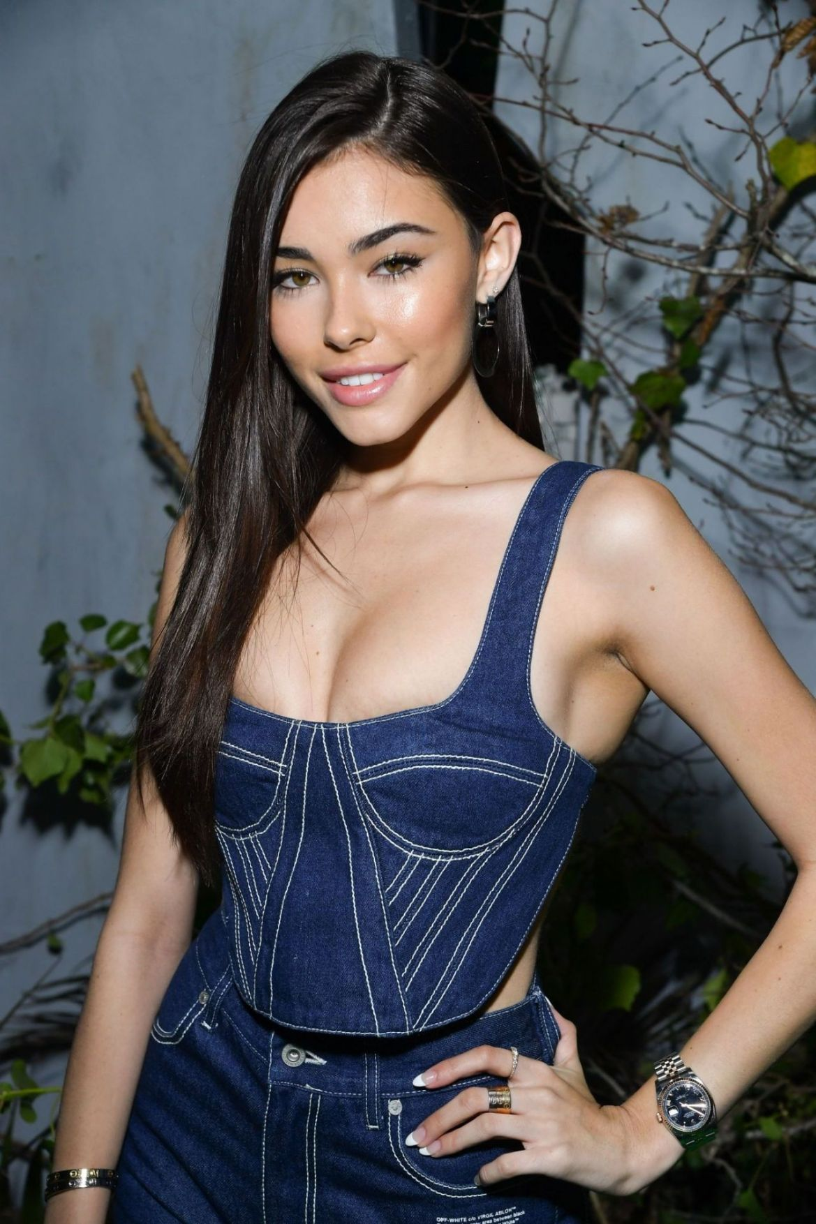 Madison Beer – Off-White Menswear Fall/Winter 2019-2020 Show in Paris