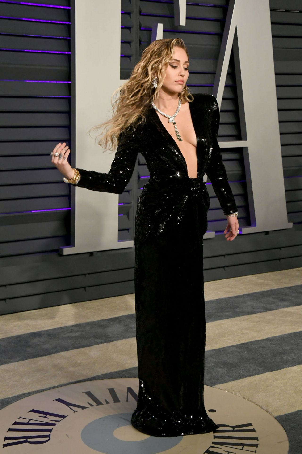 Miley Cyrus 2019 Vanity Fair Oscar Party