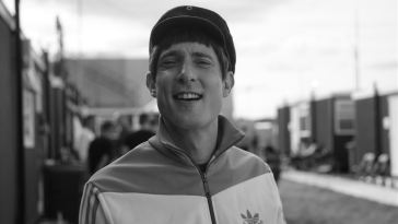 Gerry Cinnamon releases new track 'Head in the Clouds'