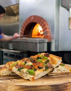 Artisans & Oak Pizza