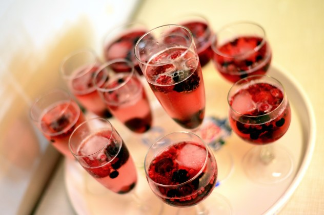 Red-bubbly