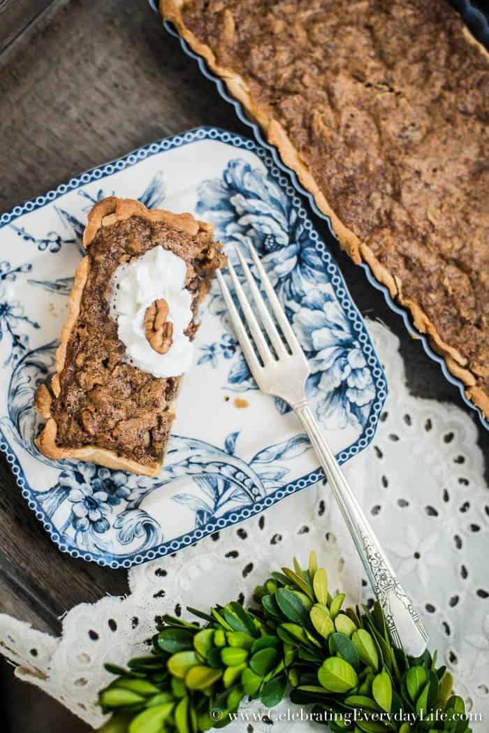 Easy pecan pie recipe, Easy Thanksgiving Dessert Recipe, Easy Christmas Recipe, Easy Thanksgiving Recipe, Christmas Dessert Recipe, Pecan Pie and White Chocolate Pie Recipe, Celebrating Everyday Life with Jennifer Carroll