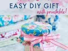 How to Make an Easy DIY Bath Salt Gift, #BathSaltDIY #DIYGift #ValentineDIY