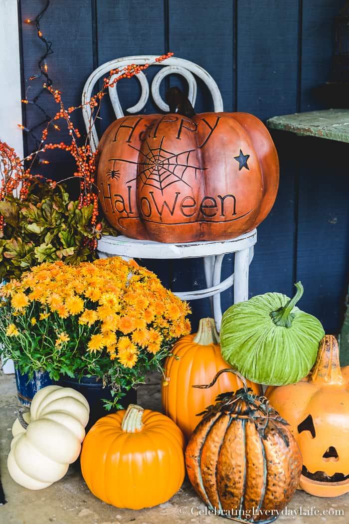 Easy Halloween Front Porch Decor Ideas