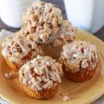 Pumpkin Crumb Muffins - Spiced pumpkin muffins, topped with a buttery crumble, and cinnamon icing.
