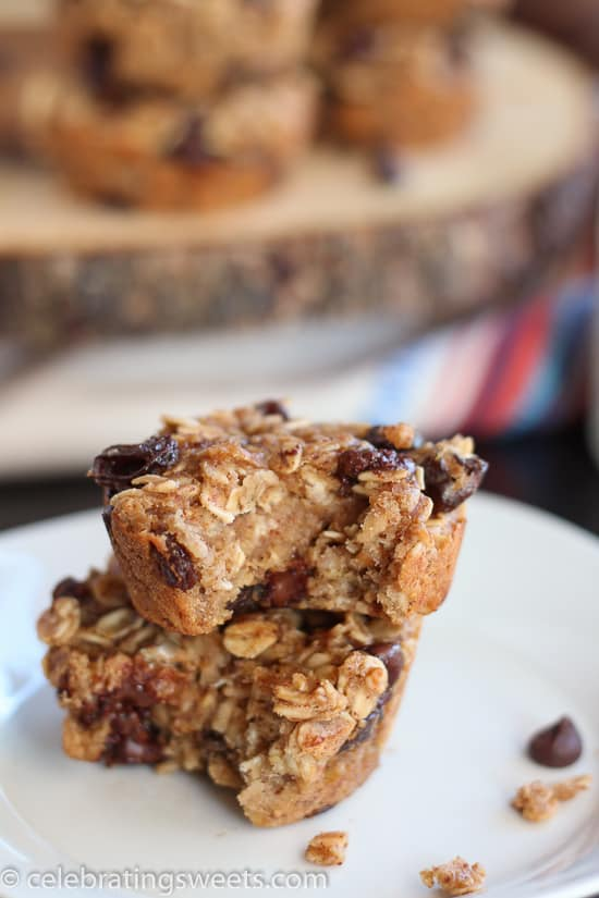 Healthy Baked Oatmeal Cups with Almond Butter and Bananas - Gluten free, dairy free and refined sugar free!