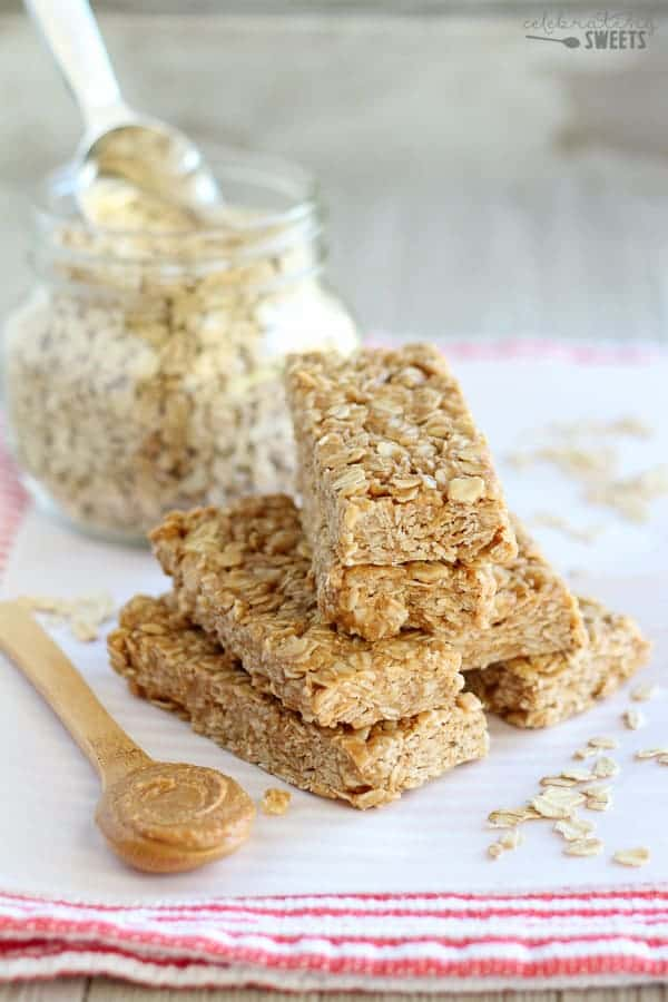 No Bake Peanut Butter Honey Granola Bars - Easy No Bake Granola Bars flavored with peanut butter and sweetened with honey. Perfect after school snack for the kids or healthy snack for you!