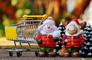 7 Tips for Saving Money This Christmas