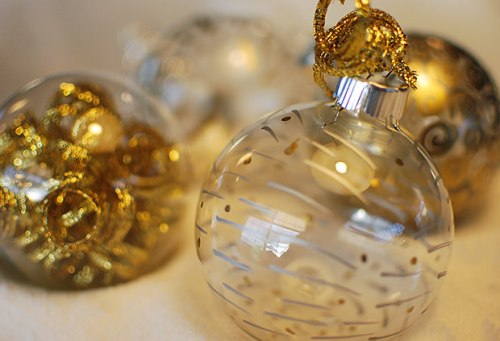 Easy DIY Paint Pen Christmas Ornaments