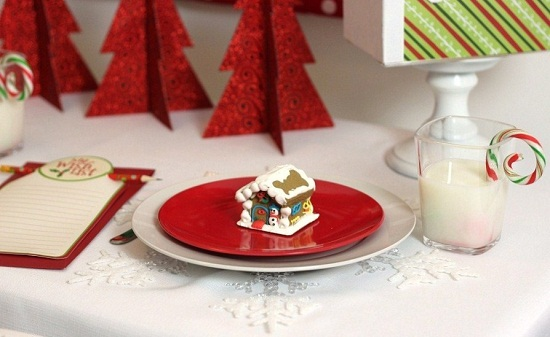 "{Guest Post} ""Dollar Spot"" Kids Christmas Table By Chris"