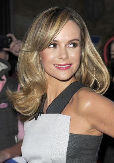 Amanda Holden Weight Height Ethnicity Hair Color Shoe Size