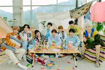 NCT 127 lanzó su tercer disco Sticker.