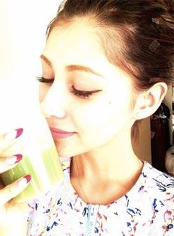 mineral-kouso-green-smoothie_darenogareakemi