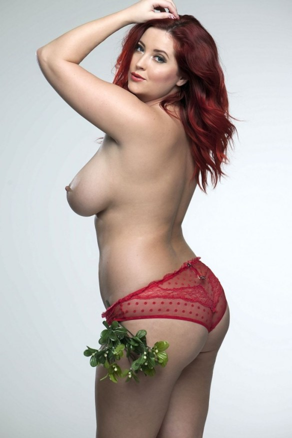Lucy-Collett-Sexy-Topless-1